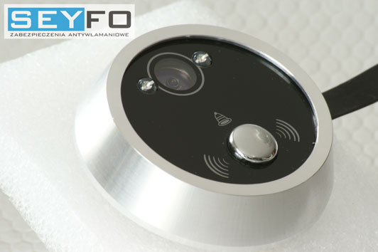 Obudowa zewnętrzna. Zintegrowany przycisk dzwonka z kamerą.
